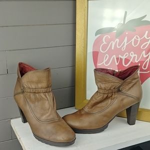 Hispanitas Made in Spain Leather Boots